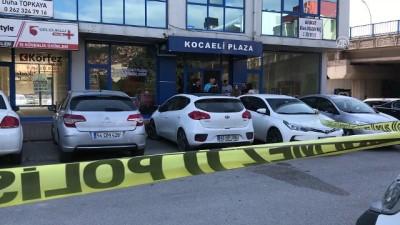 mermi - Bıçaklı saldırıya uğrayan avukat yaralandı - KOCAELİ