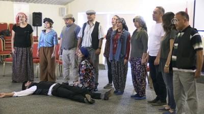Eczacılar tiyatro sahnesinde - GAZİANTEP