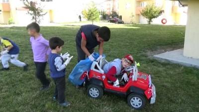 8 Yaşındaki engelli Mehmet'in örnek çevre duyarlılığı