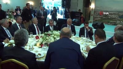 İstanbul Valisi Vasip Şahin'e veda yemeği