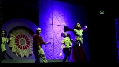 'Notre Dame'ın Kamburu' müzikali sahnelendi - BURSA