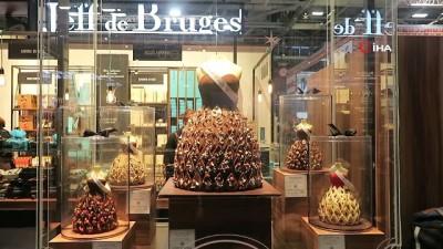 - Paris'te moda ve çikolata buluştu