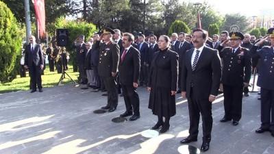 Büyük Önder Atatürk'ü anıyoruz - DİYARBAKIR