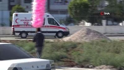 Diyarbakır'da kadın cinayeti...Boşanmak isteyen eşine cadde ortasında kurşun yağdırdı