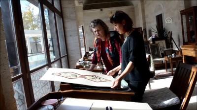 Mevlana Müzesi'nden etkilenerek tezhip sanatçısı oldu - KIRŞEHİR