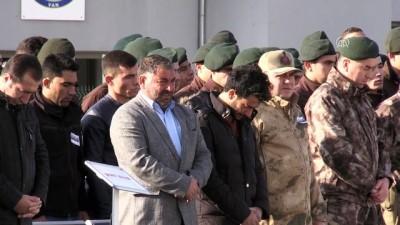 Şehit olan askerlerden üçünün cenazesi uğurlandı (2) - VAN