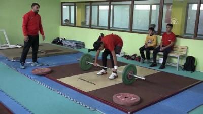 Atıl bina gençler için spor merkezi oldu - VAN