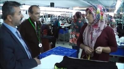 Bu tekstil fabrikası 100 kişiye iş imkanı sağlıyor