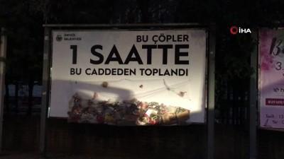trol -  İlan tahtasına reklam yerine çöp astılar