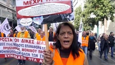 Yunanistan'da kamu çalışanları greve gitti - ATİNA