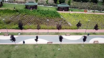- Bahçeşehir Hoşdere'de 150 bin metrekarelik Hayatpark