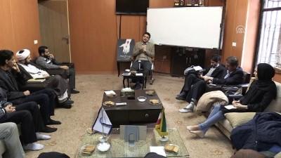 'Ehli Sünnet alimleri İran'da devrim treninden indirildiler' - TAHRAN