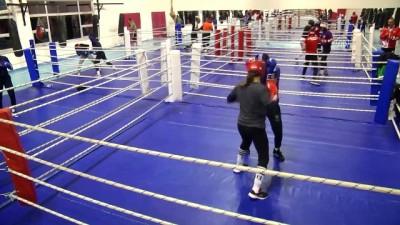 Kadın boksörlerin hedefi en az 4 madalya - KASTAMONU
