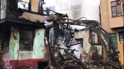 Kayhan Çarşısı bölgesinde yangın (3) - BURSA