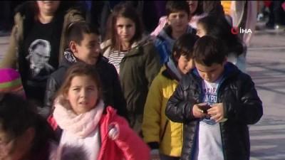 Bahçeşehir Koleji ailesi, Anıtkabir'de