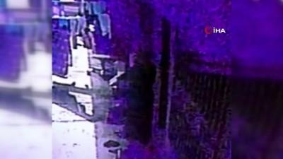 Hırsız, dilenci kılığında eve girdi