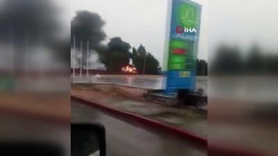 servis araci -  İşçileri taşıyan servis aracı alev alev böyle yandı