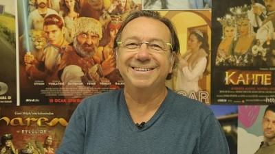 RÖP | Gani Müjde: Türkiye'de güldürmek gülmekten daha zor, mizah can çekişiyor