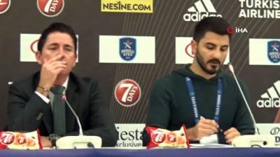 """Xavi Pascual: """"Anadolu Efes bizden daha iyi oynadı"""""""