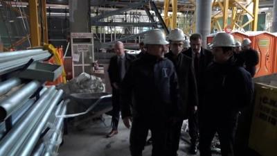 - Dışişleri Bakanı Çavuşoğlu, Abd'de Türkevi Binasının İnşaatını Ziyaret Etti
