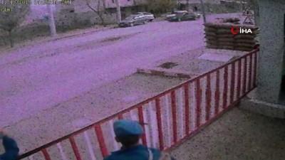Jandarma karakolu önünde drift kamerada