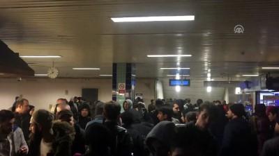 Metro istasyonunda raylara düşen kadın yaralandı - İSTANBUL