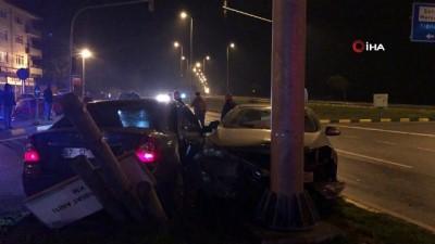 bild -  Alaplı Yalı Kavşağı'nda iki araç çarpıştı: 4 yaralı