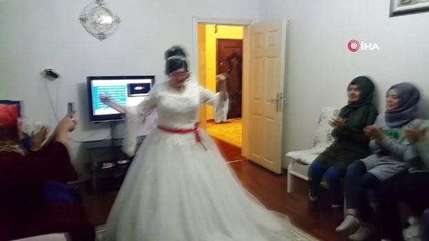 gelin arabasi -  Gelin olmak isteyen engelli kızı için damatsız düğün yaptı