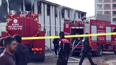 İnşaat işçilerinin kaldığı prefabrik barakada yangın - SİVAS