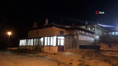Eski köy evini restore edip turizme kazandırdı