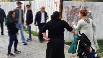 alabalik -  İstanbul Adalet Sarayı önünde hareketli dakikalar