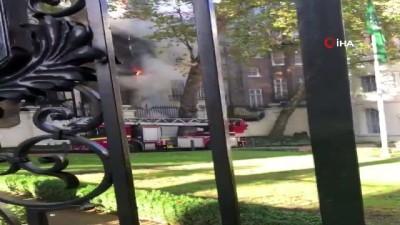 ingiltere -  -Londra'da Suudi Arabistan Büyükelçiliği Yanındaki Binada Yangın