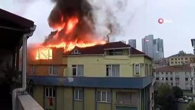 Belediye taş döktü, itfaiye geçemedi, 9 katlı binanın çatı katı alev alev yandı