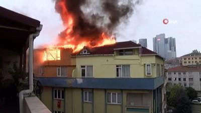 Şişli'de 9 katlı binanın çatısı alev alev yandı