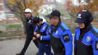 Polis otosu ile okula gitme hayali gerçek oldu