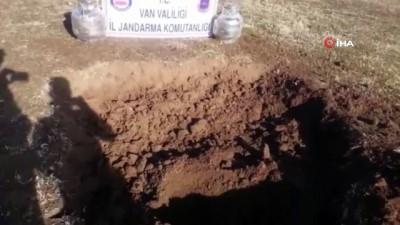 Van'da toprağa gömülü 2 adet patlayıcı imha edildi