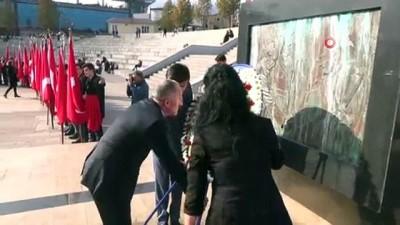 Karabük'te öğretmenler günü törenle kutlandı