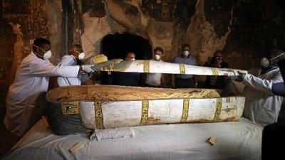 arkeoloji - VİDEO | Mısır'da aynı günde iki yeni arkeolojik keşif
