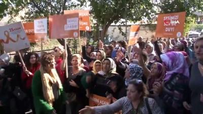 - Kadınlar şiddete karşı 'turuncu çizgi' çekti