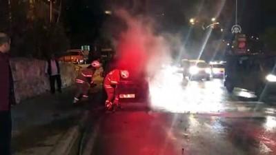 Seyir halindeki araç yandı - İZMİR