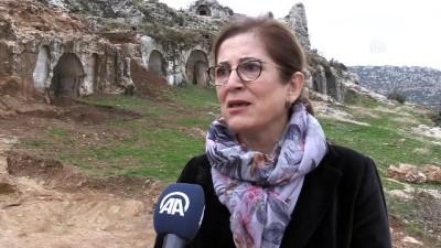 arkeoloji - Roma dönemi mezarları gün yüzüne çıkarılıyor - HATAY