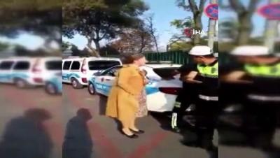 Ehliyetsiz yakalanan kadın öğretmenden ilginç tepki