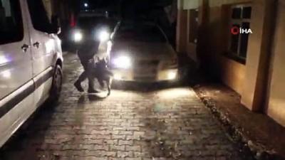 Kapıköy Sınır Kapısı'nda araç içerisinde 35 kilogram 684 gram eroin ele geçirildi