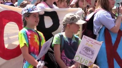 lise ogrencisi - Avustralyalı öğrencilerden çevre eylemi - MELBOURNE