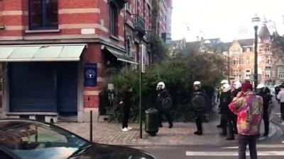 'Sarı yelekliler'in protestosu Belçika'ya sıçradı (2) - BRÜKSEL
