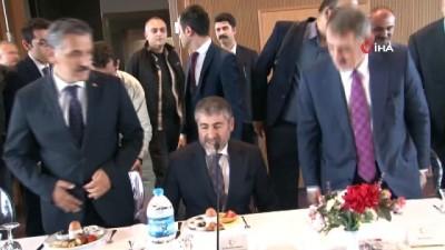 Bakan Yardımcısı Nebati, Samsun'daki iş adamları ile buluştu