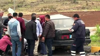 İki otomobil çarpıştı: 2 yaralı - HATAY
