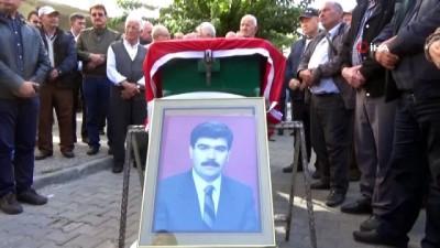 - Sağlık eski Bakanı İsmail Karakuyu, son yolculuğuna uğurlandı