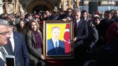 Vali Gül, Sivas'a alkışlarla veda etti