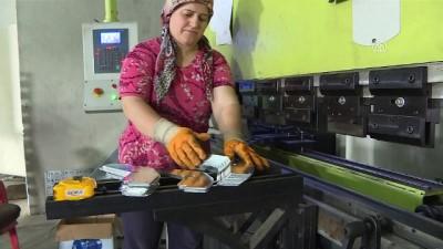 Kadınların ürettiği kafes sistemleri 5 ülkeye ihraç ediliyor - BALIKESİR